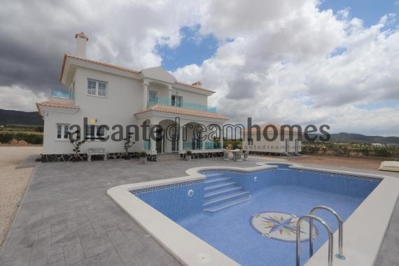 4 bed Luxury New Build Villa designed to your specification