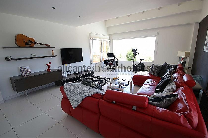Amazing Villa in Sax, Alicante, rent to buy option in Alicante Dream Homes