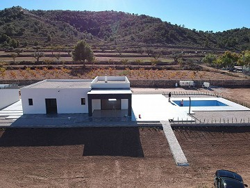 Modern new villa near Pinoso 3 bedroom villa with pool and garage