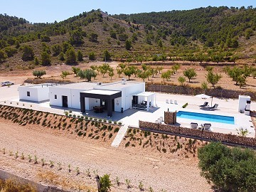 Modern new villa near Pinoso 3 bedroom villa €194995 or with pool and garage €224.995