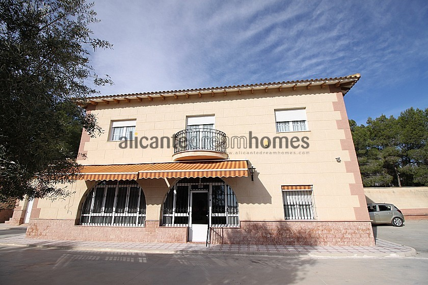 Large luxury villa overlooking the town  in Alicante Dream Homes