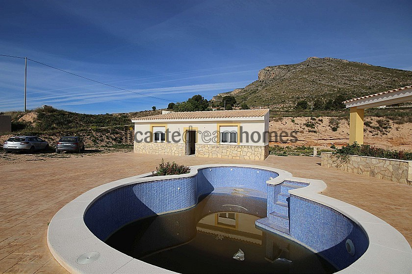 Brand New Detached Villa with a guest house and pool in La Romana in Alicante Dream Homes