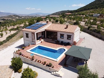 Lovely home in the La Zarza Valley
