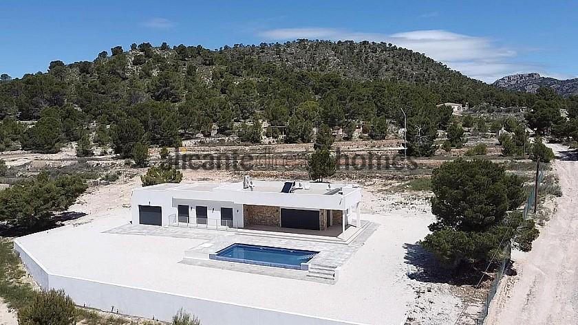Villa for sale in La Romana, Alicante  in Alicante Dream Homes