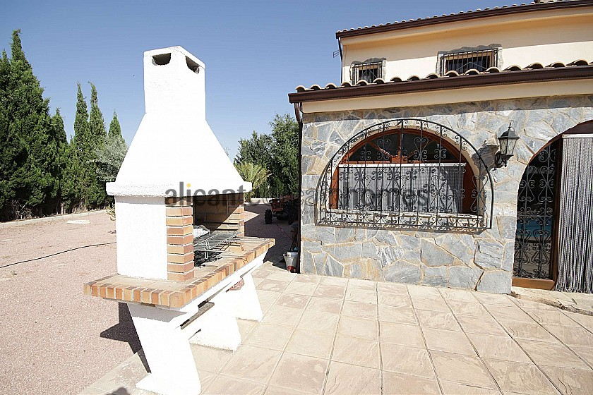 Lovely Country Villa with a pool and stables for horses in Alicante Dream Homes