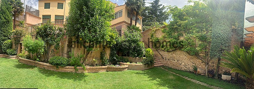 Large Town House with Pool and Garden in Alicante Dream Homes