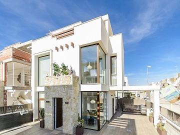 Villa Laguna Azul in Ciudad Quesada, Alicante