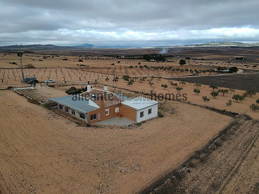 Large Detached Country House in Yecla in Alicante Dream Homes