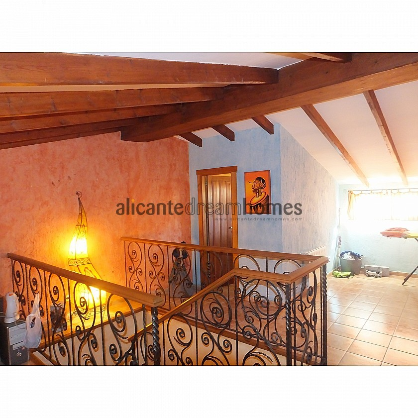 Beautiful Algueña Townhouse in Alicante Dream Homes