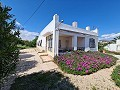 3 Bed 2 Bath in walking distance to Sax in Alicante Dream Homes