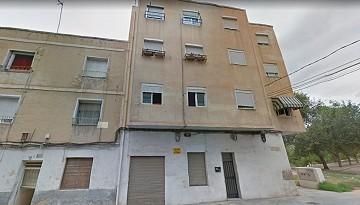 2 Bedroom Apartment for modernisation