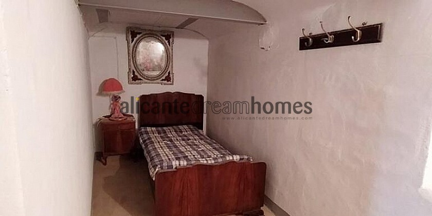 Traditional 3 Bedroom Country House in Alicante Dream Homes