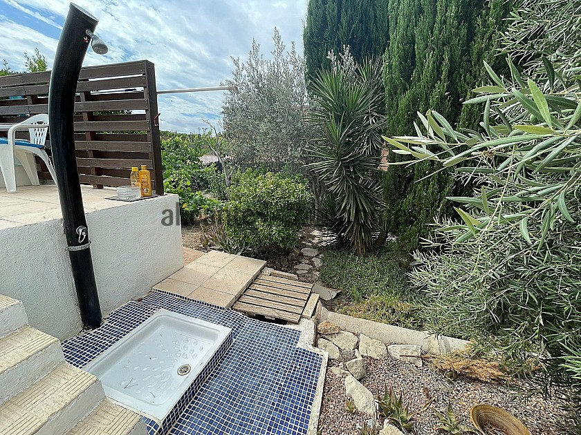 Charming Detached 4 Bedroom Villa With Pool And Lovely Gardens in Alicante Dream Homes